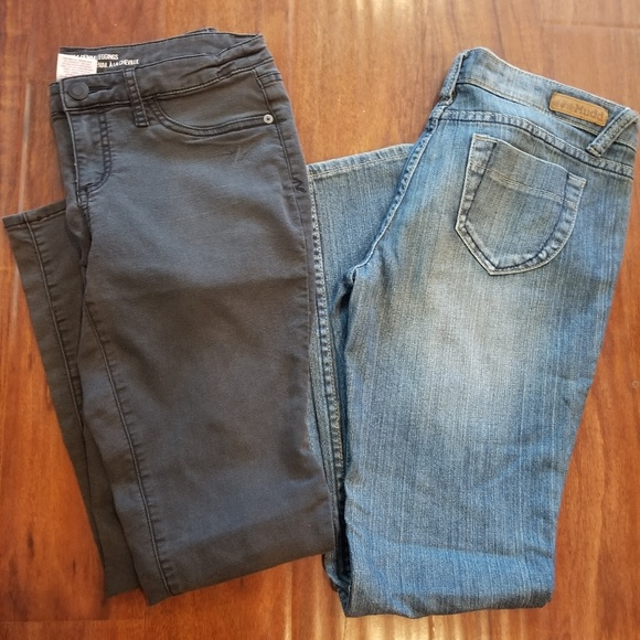 Mossimo Supply Co. Denim - 2 pairs of skinny jeans and leggings size 9